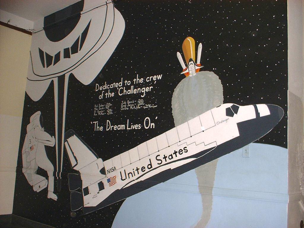 Space Shuttle Wall Mural Space Shuttle Challenger Mural At My High School  Kurt S Blog